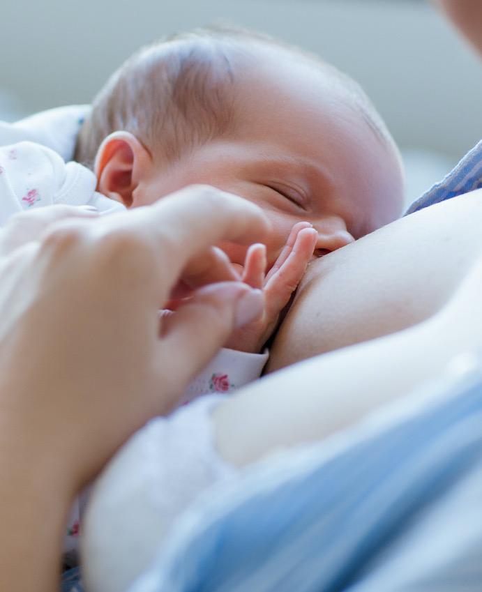 caroline jollow breastfeeding support